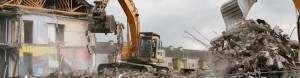 rozbiórki budynków koparkami