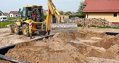 Wykop pod fundamenty. Pierwsze roboty ziemne.