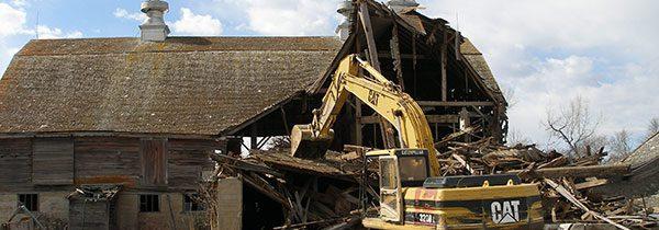 Wyburzenie rozbiórka budynku gospodarczego cennik